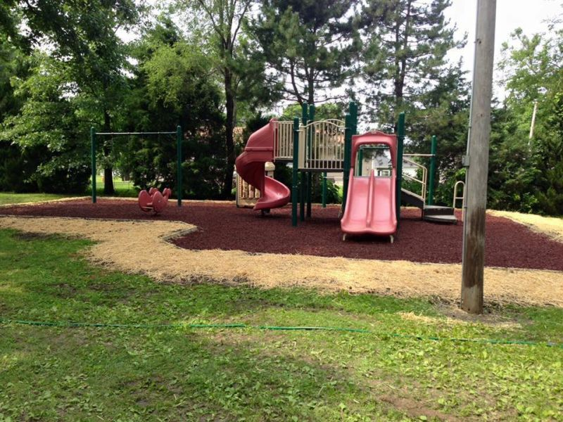 Rubber Mulch Project at Veterans Park
